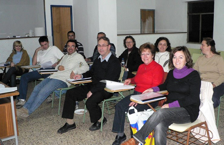 Els cooperativistes estudien anglés